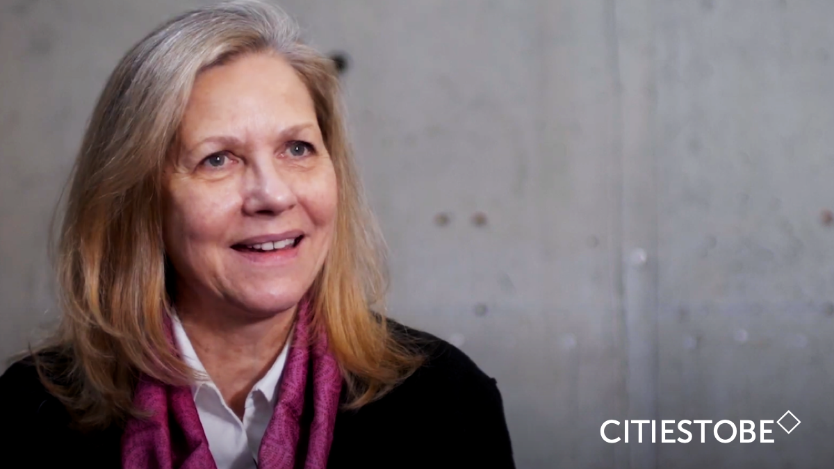 Martha Thorne: «Public space has to enable the idea of community»